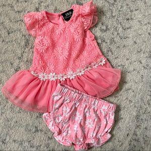 Baby girl dress and shorts set